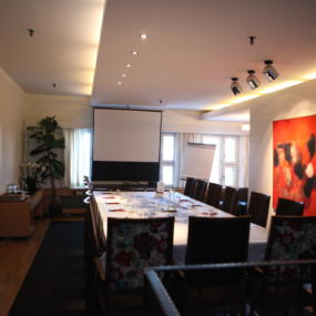 Klaus-K-Hotel-Meeting-Rooms-Wintti-boardroom