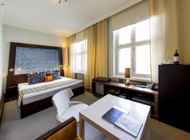 Kahden hengen huone Desire King Helsinki