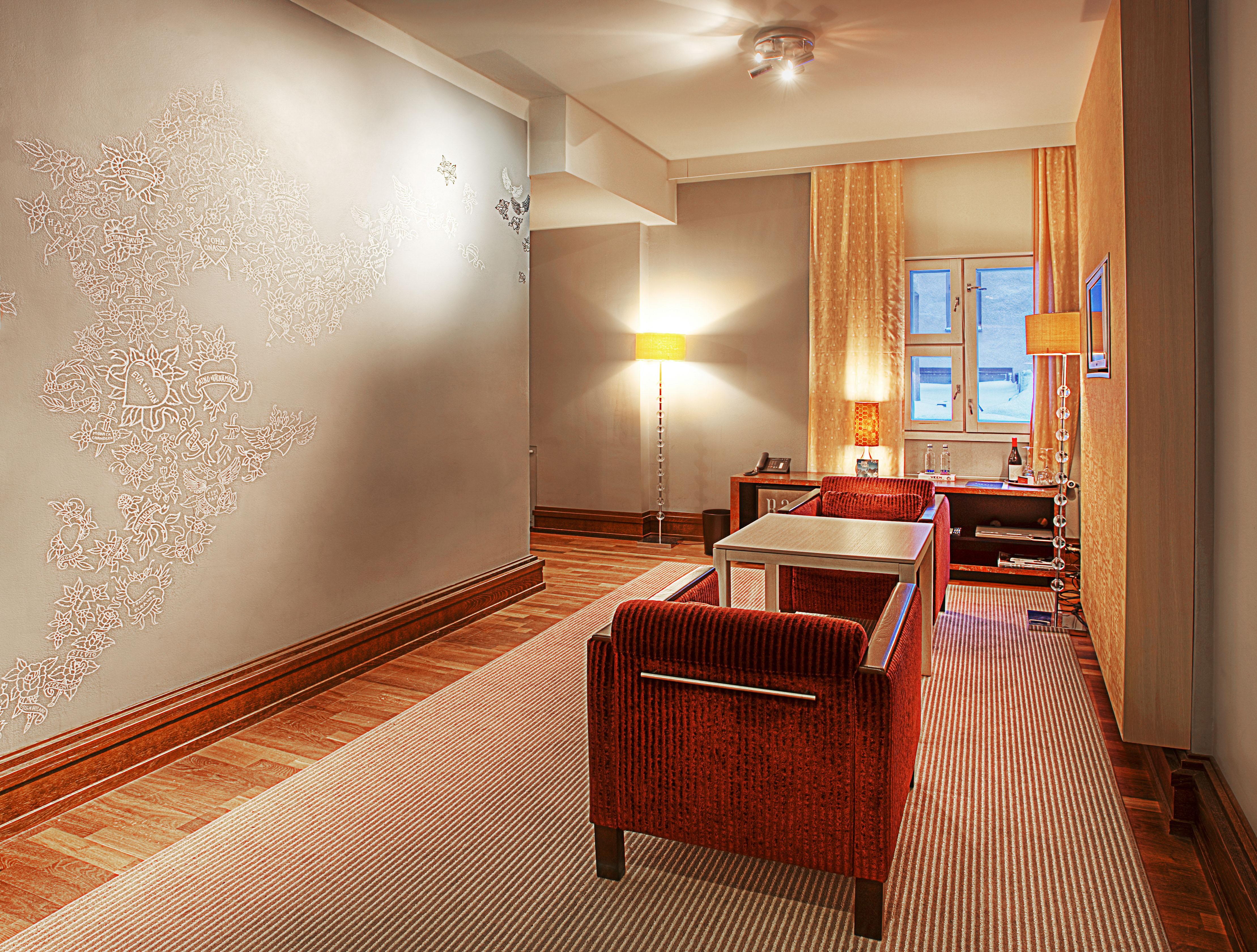 Art room jani leinonen klaus k hotel for Klaus k hotel living room